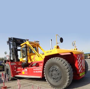 Forklifts Rental in Dubai | Forklift Suppliers in UAE | Alfaris